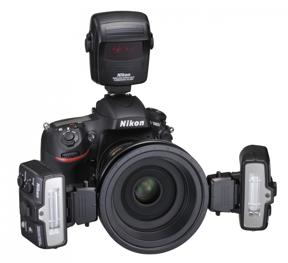 Nikon D800 with R1C1 Speedlight Kit